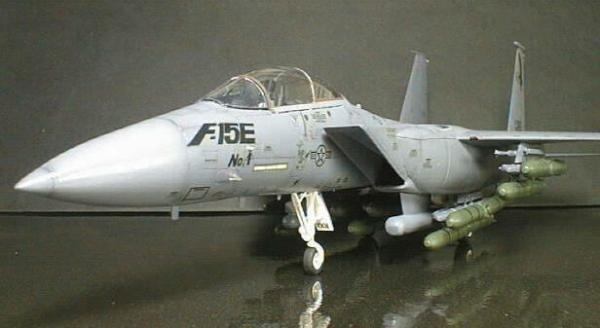 F 15E (航空機)の画像 p1_7