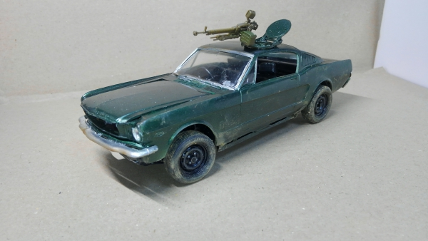 Madmax風 Ford Mustang