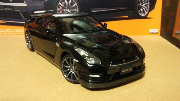 NISSAN GT-R ピュアエディション 2012年モデル
