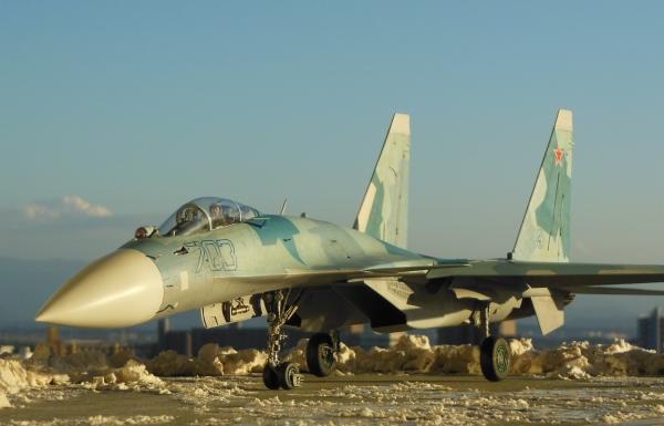 1/32 初代 Su-35 スーパーフランカー セミスクラッチ