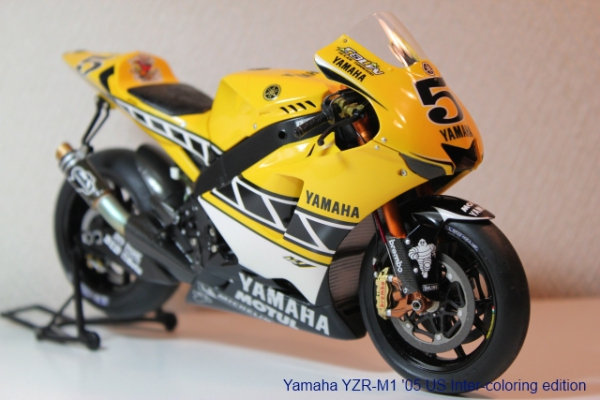 ヤマハ YZR-M1 '05 (US Inter-coloring edition)①