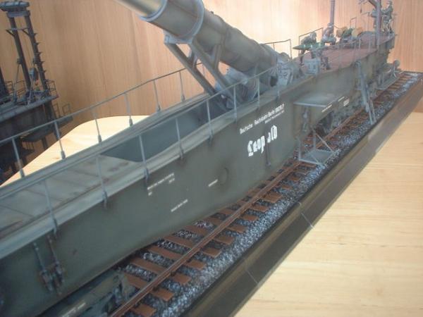 トランペッター1/35・28㎝列車砲レオポルド