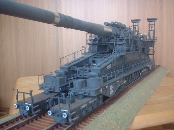 ホビーボス1/72 800㎜重列車砲ドーラ