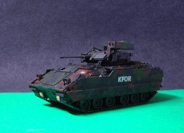 1/72 Revell M2A2 ブラッドレイ
