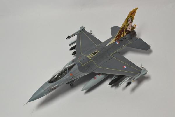 F-16A オランダ空軍 DirtyDiana
