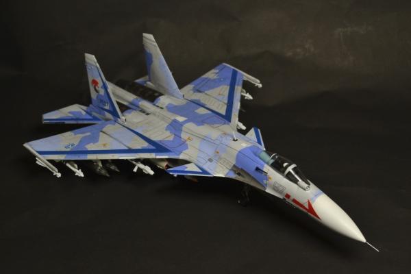 Su-33 ユージア同盟空軍第37空軍 第18戦闘航空団特殊戦術戦闘飛行隊第1小隊 スカーフェイス