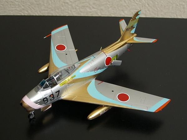 F-86Fセイバー「ブルーインパルス」隊長機(初期塗装)