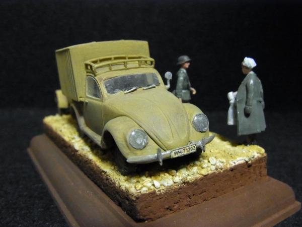 1/72 ドイツ軍ワーゲン救急車と衛生兵