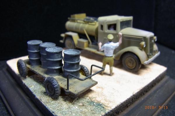1/72 日本陸軍燃料補給車(いすずTX40)