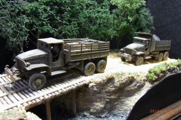 1/72 米陸軍GMC CCKW-353兵員輸送車・ダンプカー
