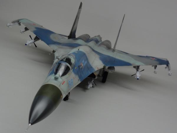 1/32 トランぺッター SU-27フランカー