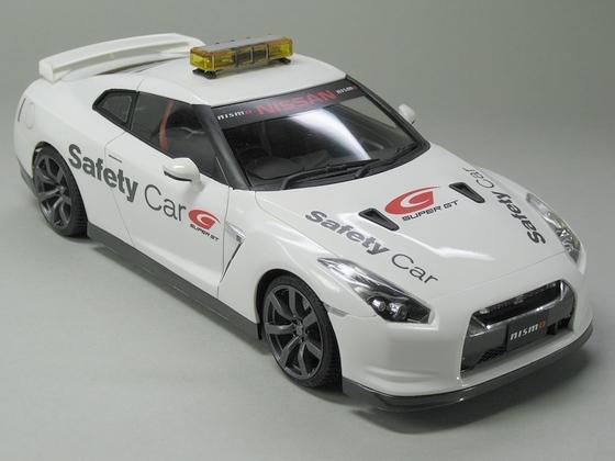 ニッサン GT-R SUPER GT セーフティーカー