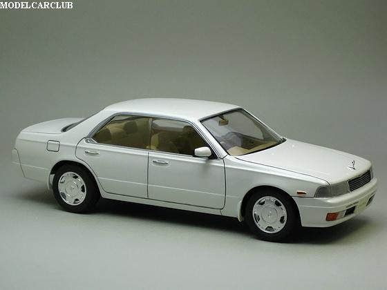 ニッサン ローレル 25メダリストV '93(C34)