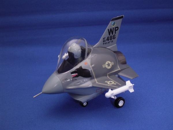 たまごひこーき F-16 ファイティングファルコン