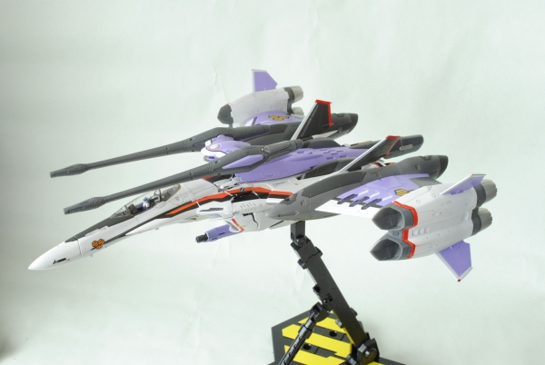 VF-25F トルネードメサイア