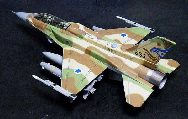 HASEGAWA 1/48 F-16I SUFA