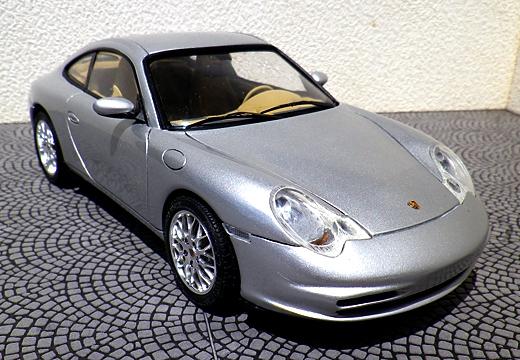 ポルシェ・911カレラ(996/2002年モデル)