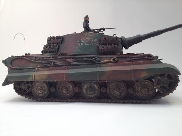 1/35 ドイツ重戦車キングタイガー(ヘンシェル砲塔)