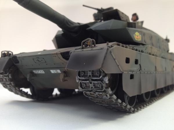 1/35 陸上自衛隊 10式戦車