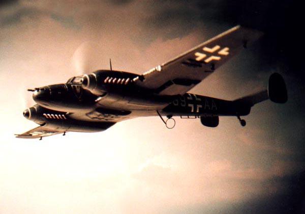 夜間戦闘機メッサーシュミットBf110-E