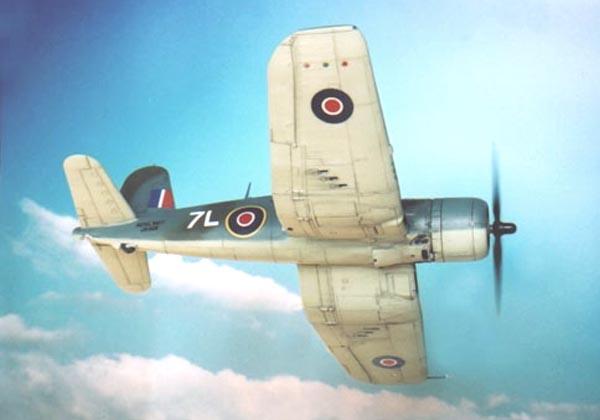 ヴォートF4Uコルセア・空母フォミダブル所属機