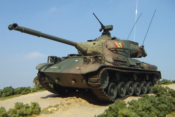 陸自61式戦車